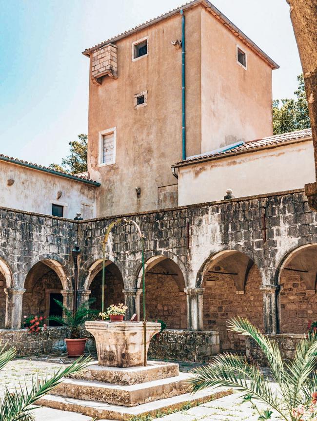 Klosjun klooster Krk