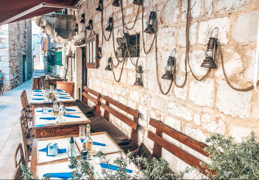 restaurants stari grad hvar