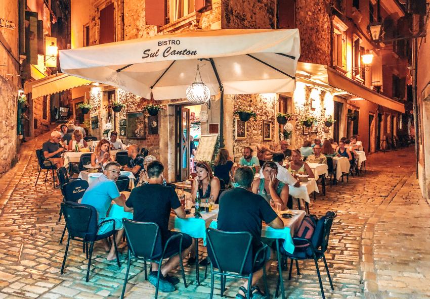 Rovinj Restaurants Sul Cantinon