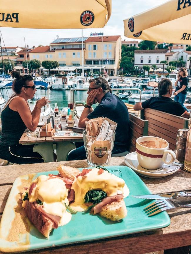 Kings cafe Malinska Krk Kroatie