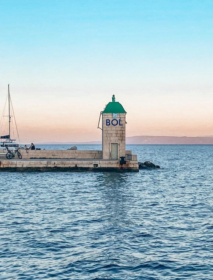 Bol het eiland Brac Kroatie