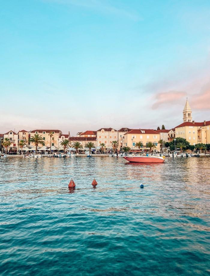 Supetar het eiland Brac Kroatie